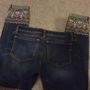 Miss me ankle skinny 26 with embroidered gems